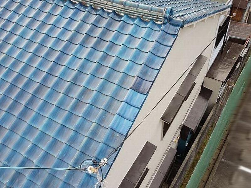 庇の防錆塗装施工完成の様子