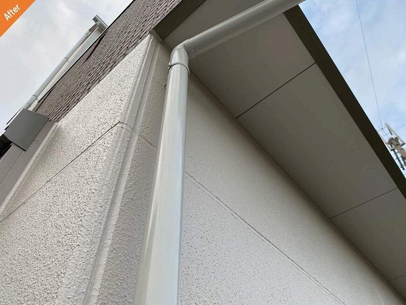 外壁リフォーム後の雨樋周辺