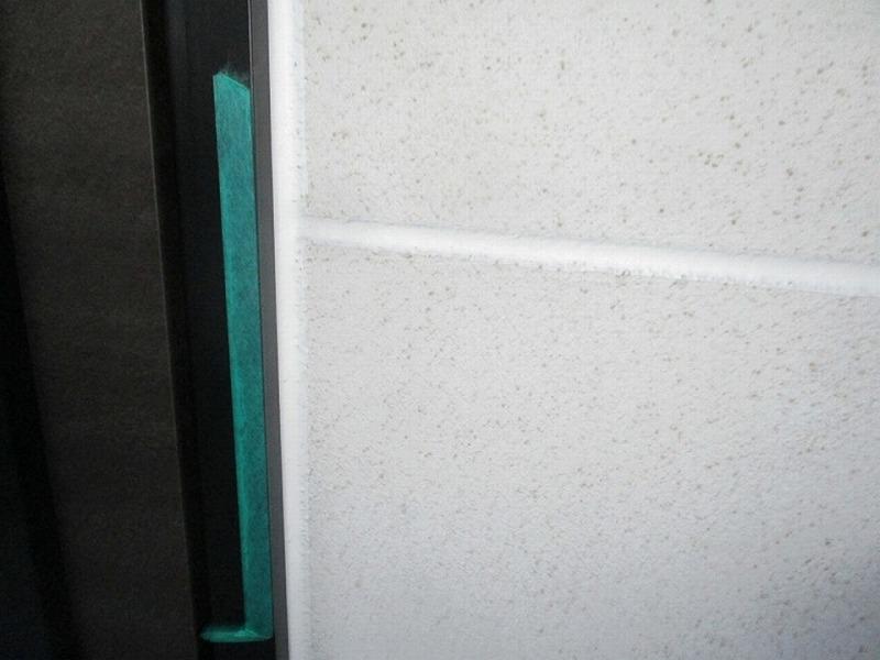 外壁のコーキング工事完了