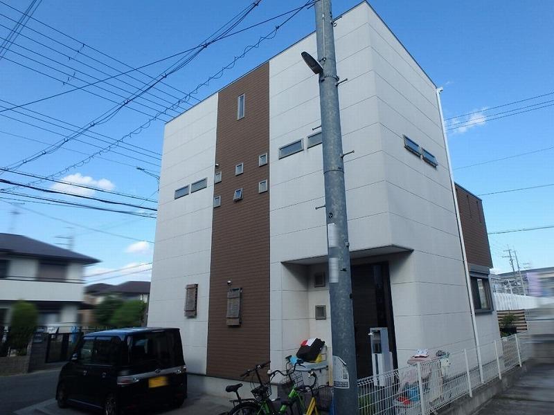 堺市の外壁リフォーム前お住まい